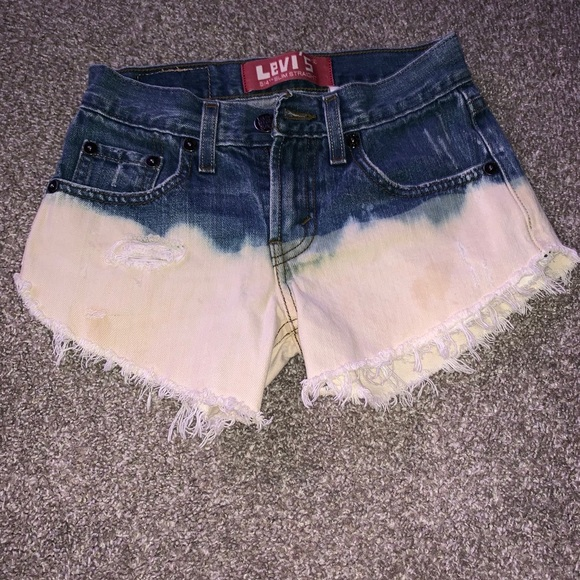 Levi's Pants - Levi's Highwaisted Shorts